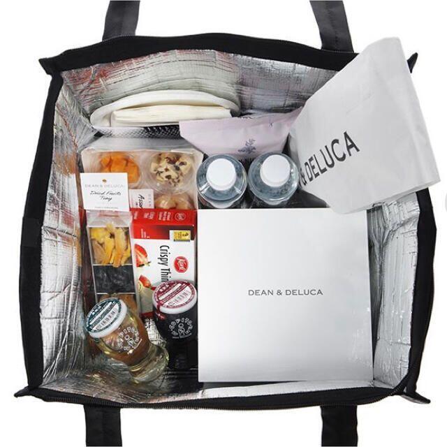 DEAN & DELUCA(ディーンアンドデルーカ)のDEAN & DELUCA クーラーバッグ グレーL インテリア/住まい/日用品のキッチン/食器(弁当用品)の商品写真