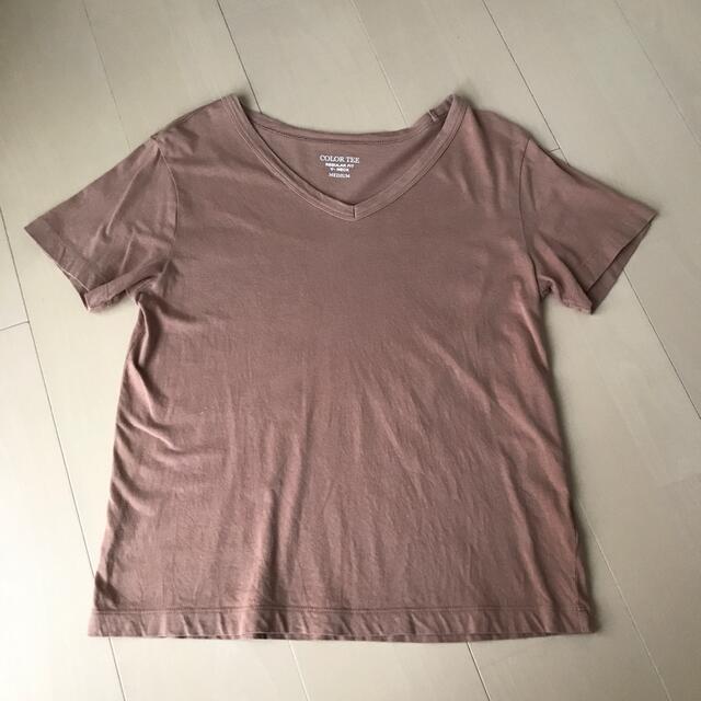 GU(ジーユー)のGU VネックTシャツ2枚セット レディースのトップス(Tシャツ(半袖/袖なし))の商品写真