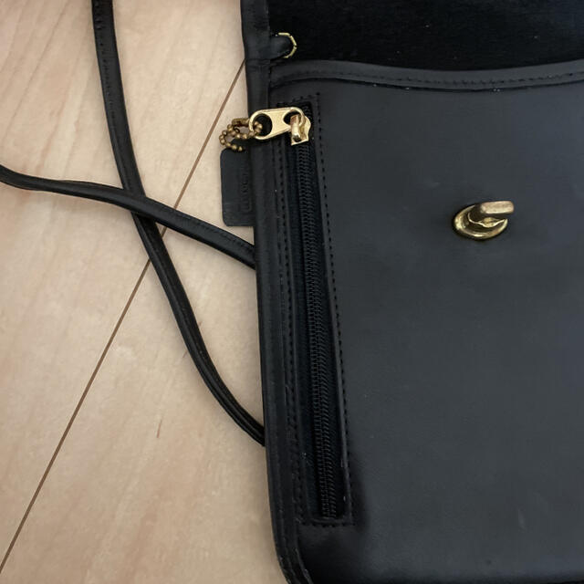 COACH(コーチ)のオールドコーチ ショルダーバッグ ポシェット 黒 レディースのバッグ(ショルダーバッグ)の商品写真