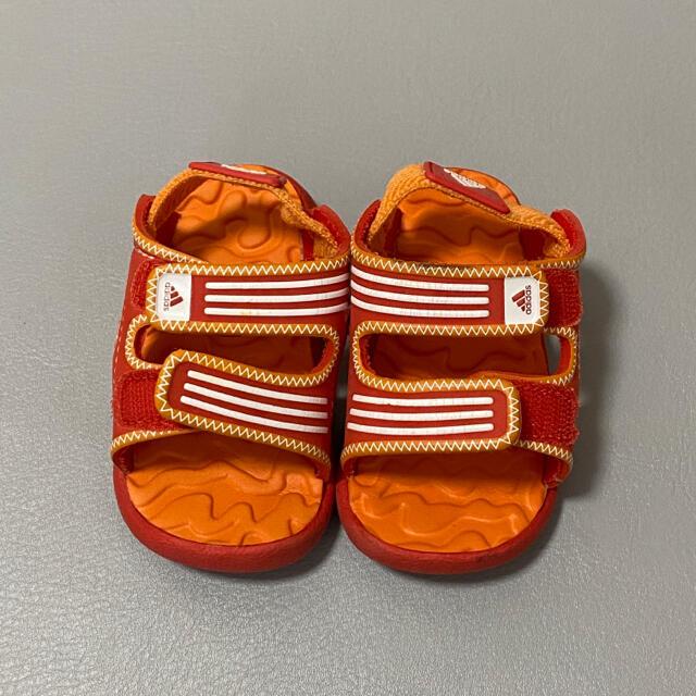 adidas(アディダス)のadidas アディダス サンダル オレンジ 12cm キッズ/ベビー/マタニティのベビー靴/シューズ(~14cm)(サンダル)の商品写真