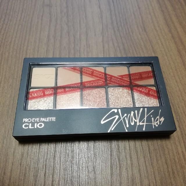 [値下]新品 CLIO プロアイパレット stray kids 100 コスメ/美容のベースメイク/化粧品(アイシャドウ)の商品写真