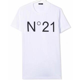 ヌメロヴェントゥーノ(N°21)の【新作】ヌメロヴェントゥーノ ロゴTシャツ ブラック 16(Tシャツ(半袖/袖なし))