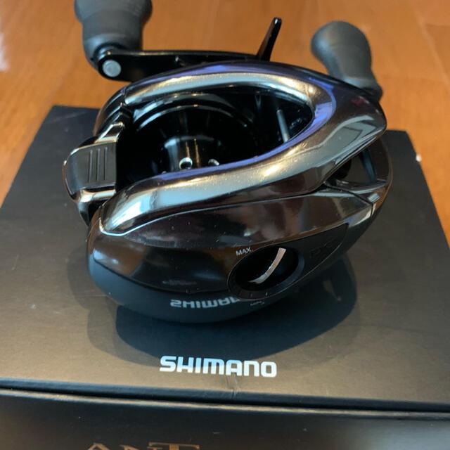 SHIMANO(シマノ)のシマノ 18アンタレスDC MD XG スポーツ/アウトドアのフィッシング(リール)の商品写真