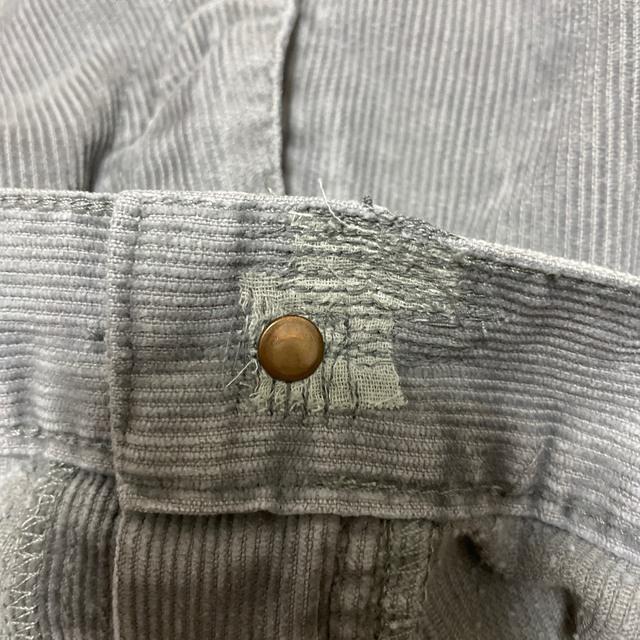 carhartt(カーハート)の値下げ中!!【Carhartt】コーデュロイパンツ ペイントパンツ メンズのパンツ(デニム/ジーンズ)の商品写真