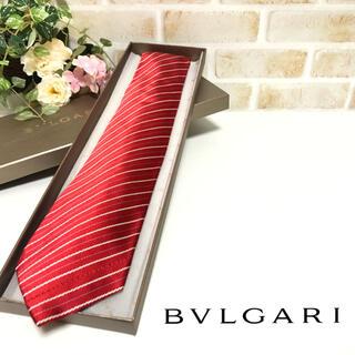 ブルガリ(BVLGARI)のBVLGARI ブルガリ ストライプ柄 レッド セッテピエゲ ネクタイ(ネクタイ)