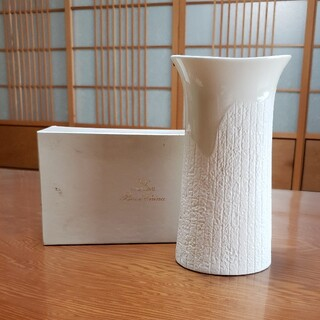 ナルミ(NARUMI)のナルミ ボーンチャイナ 花瓶(花瓶)
