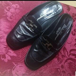 サルヴァトーレフェラガモ(Salvatore Ferragamo)のSalvatore Ferragamo サルヴァトーレ フェラガモ 靴 ミュール(ミュール)