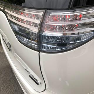 トヨタ - AHR20 エスティマ ハイブリッド 4灯化キット付クリア テールランプ