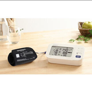 オムロン(OMRON)のomron 血圧計(体重計/体脂肪計)