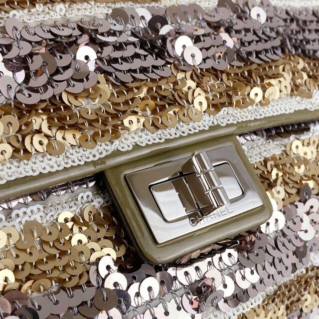 CHANEL(シャネル)のシャネル Wチェーンショルダーバッグ  レディース・ショルダーバッグ レディースのバッグ(ショルダーバッグ)の商品写真