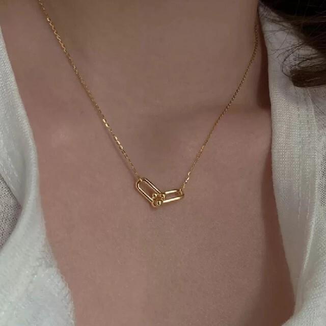 Ameri VINTAGE(アメリヴィンテージ)のダブル ホースシュー U字型 ネックレス ゴールド レディースのアクセサリー(ネックレス)の商品写真