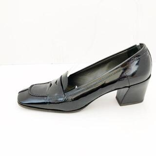 ミュウミュウ(miumiu)のミュウミュウ ローファー 38 レディース -(ローファー/革靴)