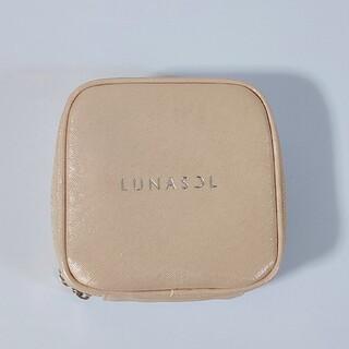 ルナソル(LUNASOL)の❤新品❤ LUNASOL ルナソル ノベルティ メイクポーチ(ポーチ)
