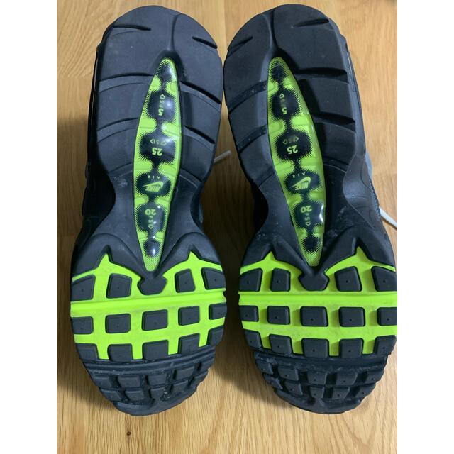 "NIKE(ナイキ)の美品 NIKE AIR MAX 95 OG ""NEON YELLOW"" 2020 メンズの靴/シューズ(スニーカー)の商品写真"