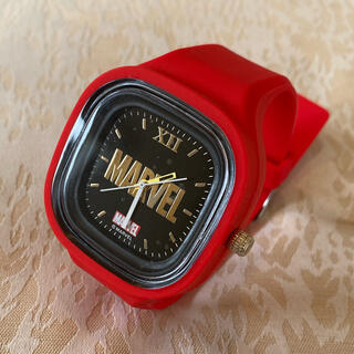 MARVEL - 【カッコいい】マーベルの赤い腕時計 新品未使用