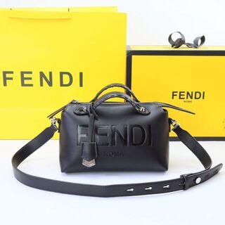FENDI  ショルダーバッグ