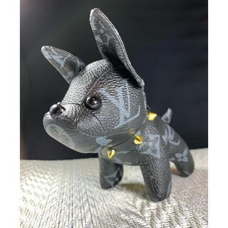 LOUIS VUITTON - ヴィトン チャーム キーホルダー 犬 フレンチブルドック