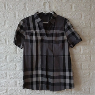 BURBERRY - Burberry Londonのシャツブラウス