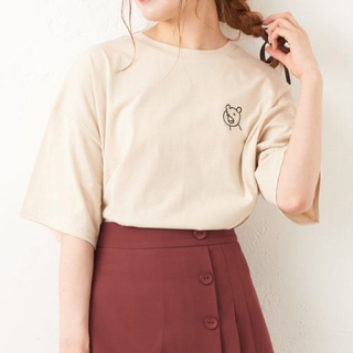 NICE CLAUP - continuer de NICE CLAUPクマ刺繍Tシャツナチュラル