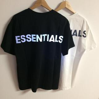 フィアオブゴッド(FEAR OF GOD)のサイズL黒白二枚セット反射光りロゴ fogessentials Tシャツ(Tシャツ/カットソー(半袖/袖なし))