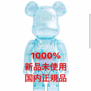 メディコムトイ(MEDICOM TOY)のx-girl x be@brick 2021 1000% ライトブルー(キャラクターグッズ)