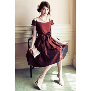 エメ(AIMER)のドレス ボルドー色(ミディアムドレス)