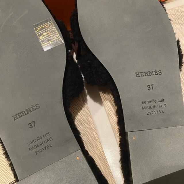 Hermes(エルメス)の新品・2021AW新作 エルメス オラン ムートン ブラック サイズ37 レディースの靴/シューズ(サンダル)の商品写真