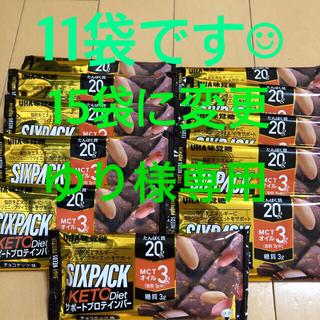 ユーハミカクトウ(UHA味覚糖)のUHA味覚糖プロテインバー チョコナッツ味SIXPACK KETO diet (プロテイン)