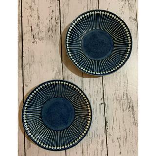 おしゃれ十草柄ネイビー中皿2枚 日本製 美濃焼 カフェ風 デザート皿 副菜皿