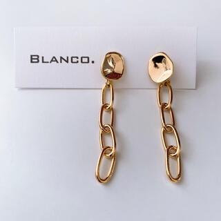 ENFOLD - Blanco. ゴールド チタン チェーンピアス メルティラウンド