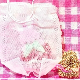 Angelic Pretty - 【新品】Little Bunny Strawberryネックレス(ピンク)
