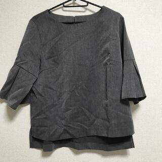 アクアガール(aquagirl)のチャコールグレー ブラウス(シャツ/ブラウス(半袖/袖なし))