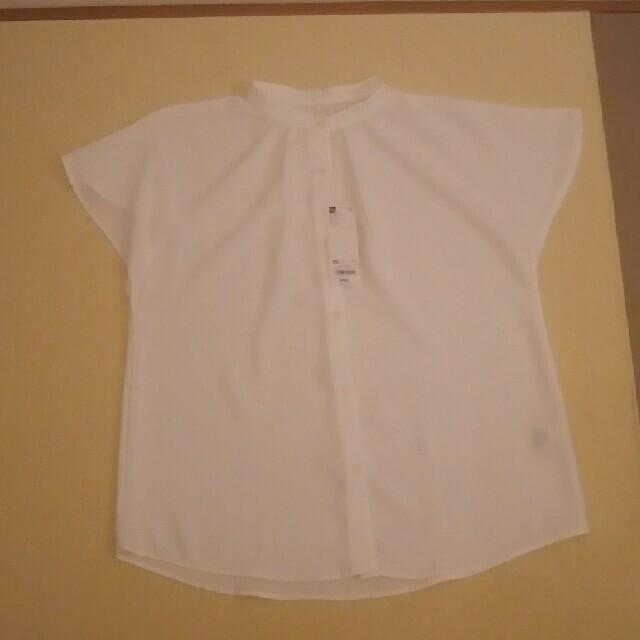 GU(ジーユー)のGU エアリーバンドカラーシャツ 新品 レディースのトップス(シャツ/ブラウス(半袖/袖なし))の商品写真
