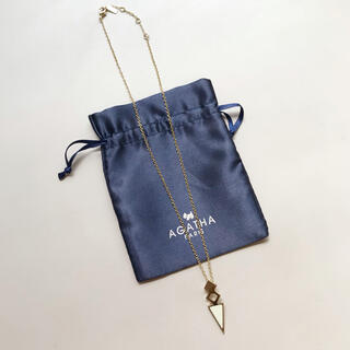 アガタ(AGATHA)のAGATHA アガタ ゴールド×ホワイト ネックレス(ネックレス)