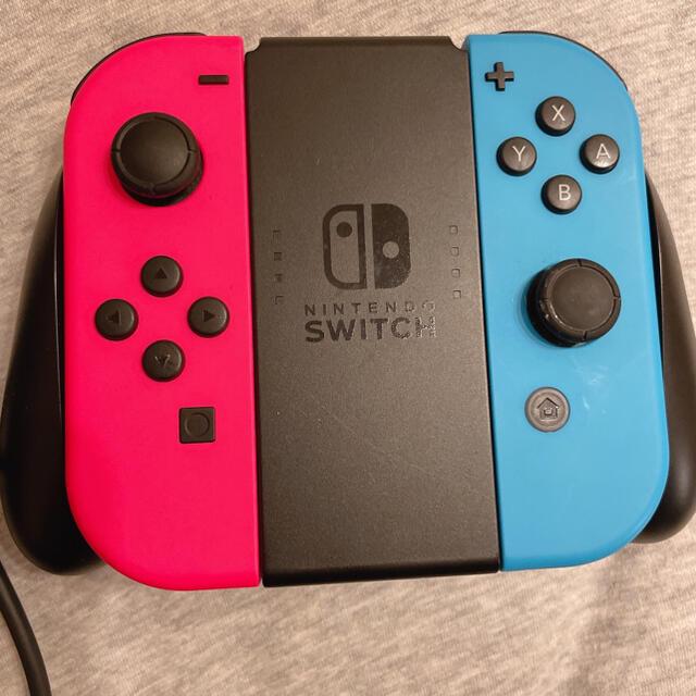 Nintendo Switch(ニンテンドースイッチ)の任天堂 Switch 本体 エンタメ/ホビーのゲームソフト/ゲーム機本体(家庭用ゲーム機本体)の商品写真
