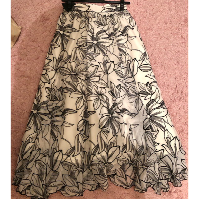 Apuweiser-riche(アプワイザーリッシェ)のアプワイザーリッシェ 横浜ルミネ限定 レディースのスカート(ひざ丈スカート)の商品写真