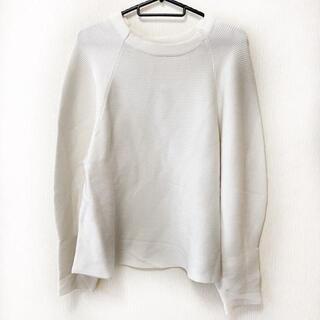 アドーア(ADORE)のアドーア 長袖セーター サイズ38 M - 白(ニット/セーター)