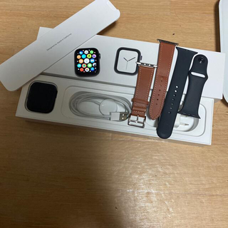 Apple Watch - Apple Watch 4 44mm バッテリー84%