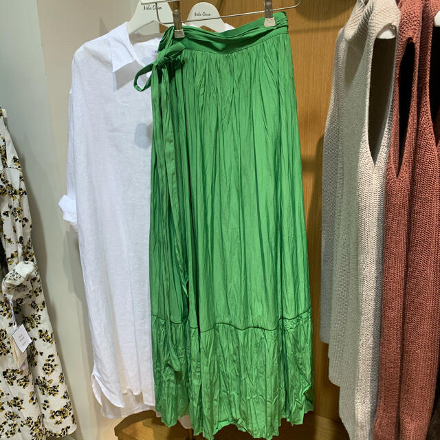 Mila Owen(ミラオーウェン)のミラオーウェン ワッシャー巻きスカート レディースのスカート(ロングスカート)の商品写真