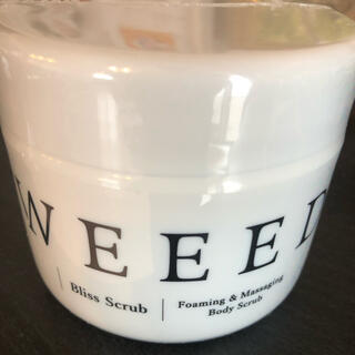 weeed ボディスクラブ 360g ウィード weed 「薬用」桃尻スクラブ