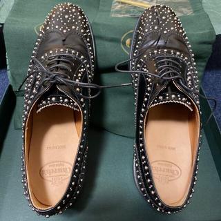 チャーチ(Church's)のChurch's チャーチ レザーシューズ スタッズ ポリッシュド ブラック(ローファー/革靴)