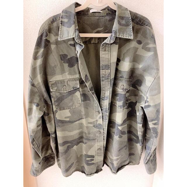 GYDA(ジェイダ)のGYDA カモフラ ドルマンジャケット ミリタリー 迷彩 レディースのジャケット/アウター(ミリタリージャケット)の商品写真