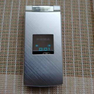 シャープ(SHARP)の☆ シャープ SHARP SH902iS ドコモ《ガラケー》電池なしです(携帯電話本体)