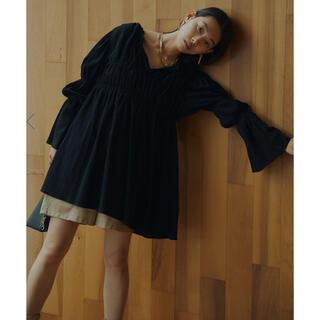 アメリヴィンテージ(Ameri VINTAGE)の【新品】DOUBLE PUFF SLEEVE BLOUSE(シャツ/ブラウス(長袖/七分))