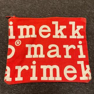 マリメッコ(marimekko)のmarimekkoフラットポーチ(ポーチ)