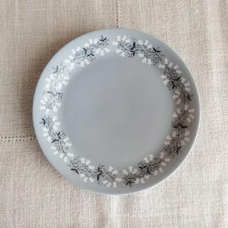 アッシュペーフランス(H.P.FRANCE)の【商談中です】Arabia ❀ すずらんの花* cake plate(食器)