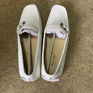 リーガル(REGAL)のリーガル ローファー 白 22.5 未使用(ローファー/革靴)