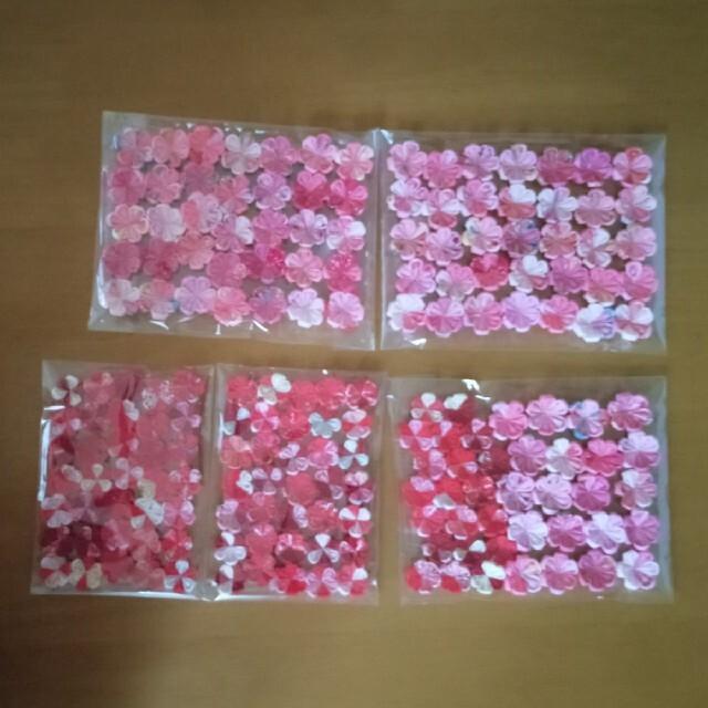 MISA様専用☆お花パーツ柄入☆つまみ細工 ハンドメイドの素材/材料(各種パーツ)の商品写真