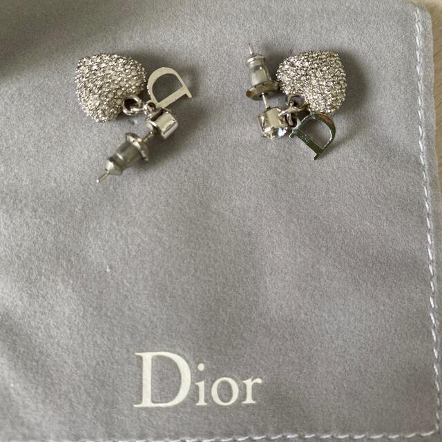 Dior(ディオール)の値下げ!Diorピアス(箱付き) レディースのアクセサリー(ピアス)の商品写真