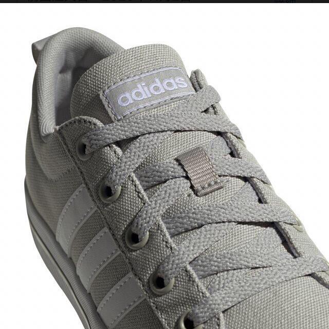 adidas(アディダス)の【新品】adidas BRAVADASKATE K FV6531 レディースの靴/シューズ(スニーカー)の商品写真